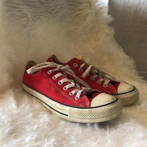 Red Low Rise Converse